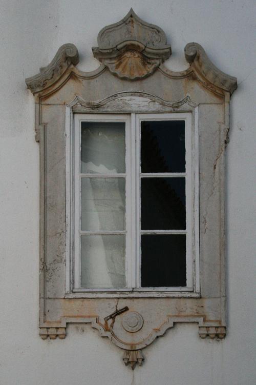 Uma janela da casa onde nasci