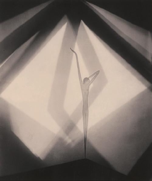 Frantisek Drtikol Bez názvu, 1930 500px