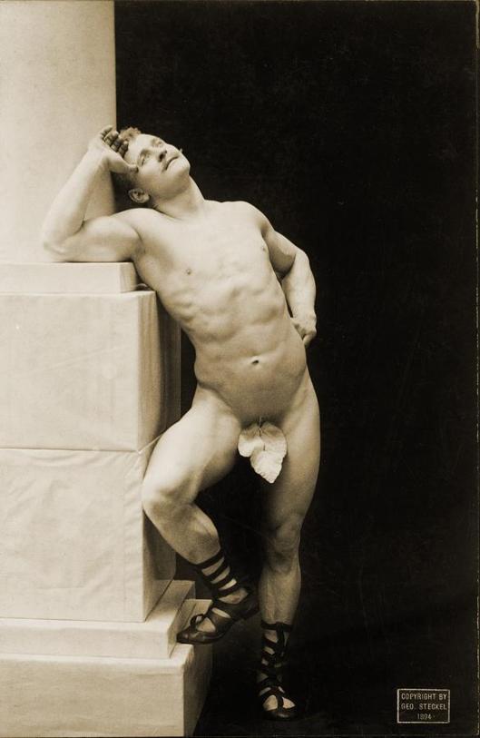 eugen-sandow-1867-1925 with fig leaf 3