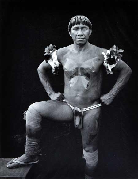 Peter Lavely -  homem da tribo Yawalapili - Brasil 1988